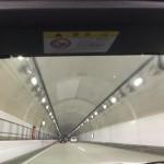 オープン状態で高速道路のトンネルを走った感想